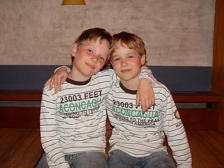 _twins02
